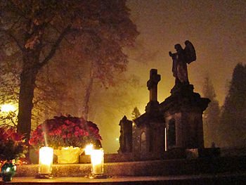01259_All_Saints_Day_Sanok,_2011